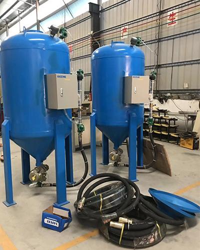 Sandblasting machine/sandblasting tank