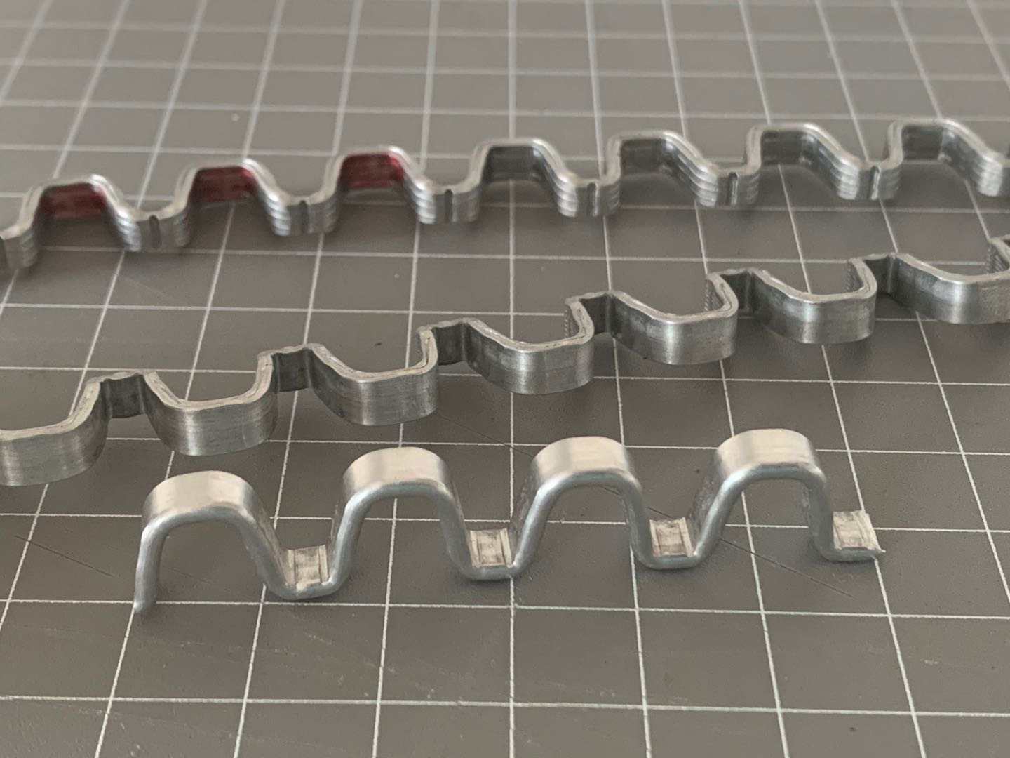 Aluminum great wall shaped R-clips